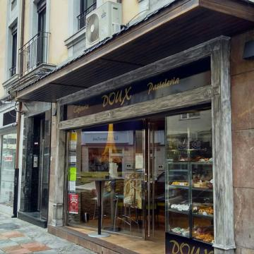 Cafetería Pastelería Doux